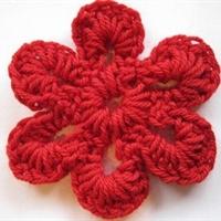 Simple Six Petal Flower by Crochet Spot